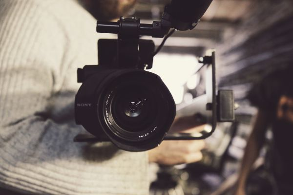 Creare contenuti video per il social marketing alberghiero